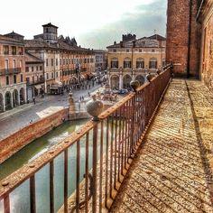 Sbirciando la città dal Castello, Ferrara - Instagram by 71simon #places #travel #Europe #Italy