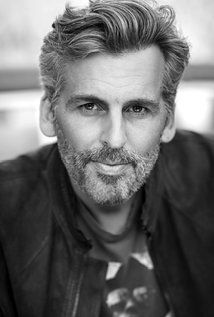 Came to Dale in June 2943 T., to collect the refugee children rescued by the Northern Kingdoms (including his granddaughter & great-grandson). Oded Fehr, Most Handsome Actors, Handsome Guys, People Of Interest, Yesterday And Today, Good Looking Men, Resident Evil, Rupaul, Tv