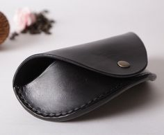 Glasses Case Leather Sunglasses Cover veg tan by ElaCraftedLeather