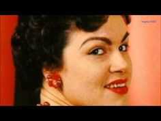 New Patsy Cline Exhibit Coming To Country Music Hall of Fame. One of country music's greatest female singers, Patsy Cline, is getting her own brand new exhibit Country Music Stars, Country Music Singers, Country Songs, Old School Music, Old Music, Music Songs, Music Videos, Jessie Reyez, Musica Country