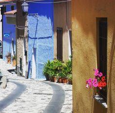 Sardinia landscape: {I ciottolati della Sardegna sono percorsi tra le righe del tempo} #rewind#rebound#past#remember#remembering - via http://ift.tt/1zN1qff