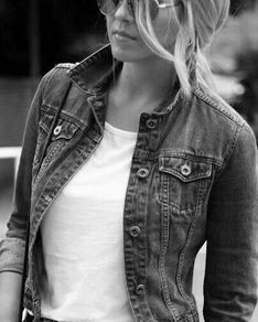 Black Photography, Color Themes, Jeans Style, Black Denim, Denim Jeans, Style Me, Beautiful Women, Black And White, Fall