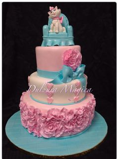 Marie the Cat cake The Aristocats