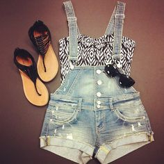 Cute. Overall shorts. Love the sandals. I need a pair or two.