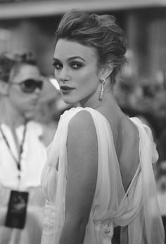 Kiera Knightly...this looks like Old Hollywood glamour..so awesome