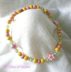 Collier fille jaune, rose, vert avec perles bois facettes . : Bijoux enfants par le-tresor-de-widad