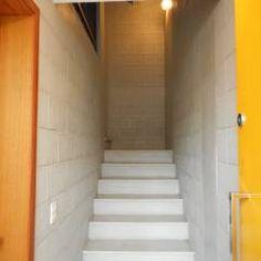 Hall da entrada principal: Corredores, halls e escadas translation missing: br.style.corredores-halls-e-escadas.rústico por Metamorfose Arquitetura e Urbanismo