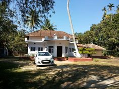 This Coorg Homestay Packages can accommodate families & also groups comfortably. An exciting holiday, homemade wines, snooze in a hammock, explore the plantation and a treat to your palette is what you are bound to experience at Naadmane Homestay.