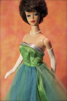Barbie - Vintage Barbie - Bubblecut Brunette - Just like one of my 2 original dolls - So much fun playing Barbies!