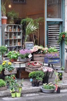 "Stockholm: 7 tips for the trendy district ""Södermalm"" Stockholm Food, Stockholm Shopping, Places Around The World, Travel Around The World, Best Places To Travel, Places To Go, Copenhagen Travel, Sweden Travel, Fine Gardening"