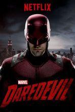 Daredevil - Aveugle depuis ses neuf ans suite à un accident, Matt Murdock développe une acuité extraordinaire. Avocat le jour, la nuit, il devient le super-héros Daredevil, justicier luttant contre l'injustice à New York, plus particulièrement dans le quartier de Hell's Kitchen.