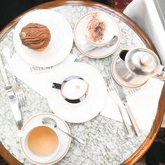 The best hot chocolate in Paris, Angelina tearoom // In my ballerines