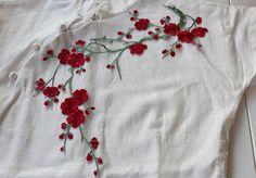 Fer-sur Plum Blossom brodé Appliques, adhésif brodé de fleurs, les patchs pour robe Supplies(83-16)