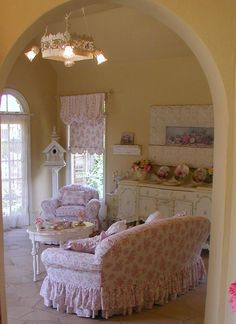 Shabby Chic Furniture Archives - Home Style Corner Shabby Style, Shabby Chic Vintage, Shabby Chic Homes, Shabby Chic Decor, Cottage Chic, Shabby Cottage, Romantic Cottage, Romantic Lace, Cottage Living