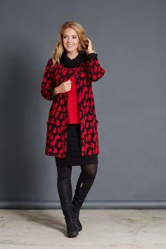 Pont Neuf - Ronja V3540 Jacket – Nelly V8610 Blouse – Ann V7208 Skirt – Dagny V2781 Scarf Ann, Blouse, Winter, Skirts, Jackets, Winter Time, Down Jackets, Blouses, Skirt