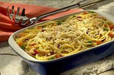 Rute Receitas: Baveti com Frango e Legumes Salteados