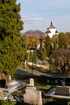 View to Banská Štiavnica from Cemetery Za Piargskou bránou https://www.google.com/maps/d/viewer?mid=1peiLhfLGVISgg9Ia7zYOqWecX9k&usp=sharing