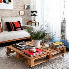 wooden pallet coofee table and sofa Pallet Furniture, Furniture Making, Home Furniture, Outdoor Furniture Sets, Wooden Pallets For Sale, Wood Pallets, Decor Interior Design, Interior Decorating, Wood Table