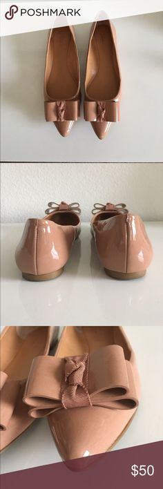 J Crew Factory Emery Bow Flats Size 8 Patent polyurethane upper and man made sole. Color is bronzed clay. Worn 1-2 times. Only flaws are minor scuffing on front left toe, dark marks on inside of left shoe and inside right shoe. These are not noticeable when worn. Does not come with a box. No trades or Paypal. J.Crew Factory Shoes Flats & Loafers