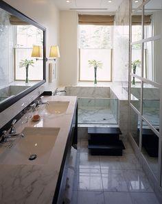 ellegant and luxury small bathroom design | kleine badkamer