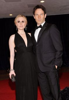 Anna Paquin and Stephen Moyer, such a hot Hollywood couple.