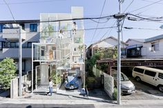 Innovative glass house in Tokyo. Inspired by a tree. Not sure if it's tremendously better for long term living than a treehouse, but it's certainly very cool.