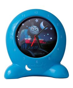 Both a clock and a night-light, Thomas is a great friend for bedtime training. Set the clock for the morning, and watch the image transform to day when it's time to wake up. 6.7'' W x 3.94'' H x 7.87'' DPlasticRequires four AA batteries (not included)Recommended for ages 1 year and up<...