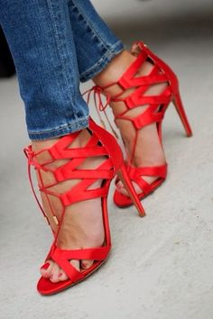 Paris Fashion Week : Olivia Palermo at Veronique Leroy in Aquazzura shoes Olivia Palermo, Sexy Heels, Stiletto Heels, Red Stilettos, Caged Heels, Hot Heels, Crazy Shoes, Me Too Shoes, Talons Sexy