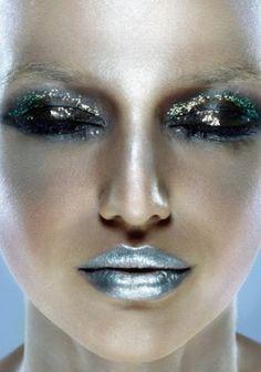 Eyeshadow Lipstick