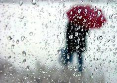 """"""" Chove lá fora e aqui tá tanto frio Me dá vontade de saber Aonde está você Me telefona  Me chama me chama me chama ... """"  Música: Me Chama  Autor: Lobão  @OlhardeMahel #Lobão #música #mechama #sing #letras #lirics #OlhardeMahel #chuva #diachuvoso #diadechuva #rain #rainyday #instagram #pinterest #ppalavra #canção"""