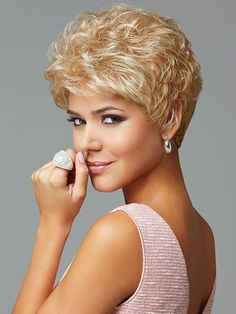 Find the Acclaim Wig (Average) by Eva Gabor Wigs Short, waved layers beautifully blend to a neck-hugging, tapered nape. Trending Hairstyles, Pixie Hairstyles, Pixie Haircut, Crop Haircut, Short Wavy, Short Hair Cuts, Gabor Wigs, Jon Renau, Corte Y Color