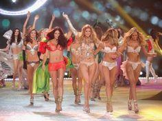Victoria Secret 2012 Fashion Show