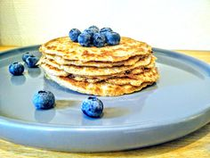 I love pancakes! They are so versatile, and depending on how you accessorize them, they can be any meal you want. With fresh fruit and coconut yogurt, they are a delicious and a quite healthy break…