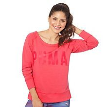 Meet your new favorite sweatshirt. It's everything a sweatshirt should be – warm, comfortable, easy to throw on and go. We're loving the throwback boatneck, raglan sleeve, and cool, distressed PUMA Logo.  Features:   68% Cotton, 25% polyester, 7% elastane French terry with moisture-wicking finish  Wide boat neckline  Raglan sleeves  Ribbed collar and cuffs   Spilt outseam hem  Distressed PUMA graphic print on chest   PUMA Cat Logo at back neck