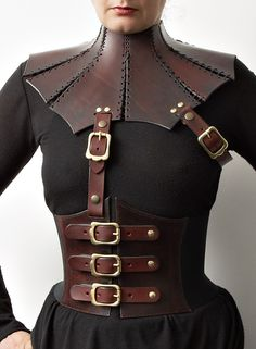 Leather Corset Belt and neck collar - Mord Sith inspired Design - Steampunk Steampunk Accessories, Steampunk Clothing, Steampunk Fashion, Leather Accessories, Party Fashion, Gothic Fashion, Leather Corset Belt, Studded Leather Armor, Black Leather