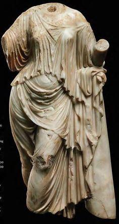 Roman marble Aphrodite - 1st - 2nd century A.D.