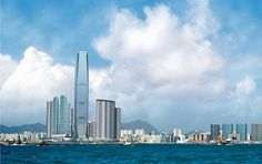 ¿Sabías que el The Ritz-Carlton Hong Kong es el hotel situado a más altura del mundo? Más información: http://bit.ly/KP4VxD    #hoteles #lujo #hongkong #theritzcarlton