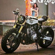 CAFE RACER | caferacergram  Taylor\'sOne-Up Moto Garagee Honda Hornet (CB600f) Cafe Cross | Photo by Robert Crisp