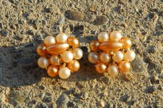 Vintage Tan Clip On Cluster Earrings Hong Kong - Free Shipping on Etsy, $7.00