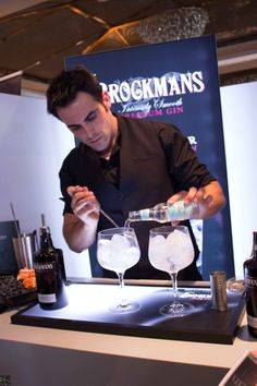STAND BROCKMANS GIN