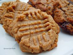 Gourmet Girl Cooks: Low Sugar Low Carb - Easy Peanut Butter Cookies - gluten free, grain free, wheat free