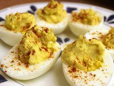 Huevos rellenos con queso + mostaza