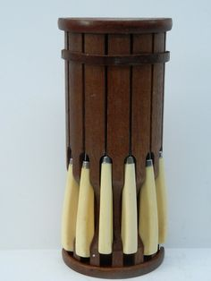 Vintage Wooden Knife set with 6 steak knives by QuirkyCrowsVintage, $22.00