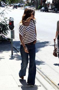 с джинсами+обрезанный рукав