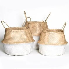 Natural weave seagrass baskets  These baskets are perfect for indoor plants, storing toys, towels or throw rugs.  Plus they are completely collapsable for easy storage.   Size:Small: Dia. 23 x H 25cmMedium: Dia 38 x H 30cmLarge: Dia. 40cm  x H 40cm  Please allow 10 working days for delivery
