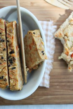 Chickpea terrine with carrots and cumin Raw Food Recipes, Veggie Recipes, Cooking Recipes, Healthy Recipes, Raw Vegan, Vegan Vegetarian, Vegetarian Recipes, Vegan Pate, Cuisine Diverse