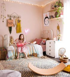 Thankyou all soooo much for all your love for the girls room! I am overwhelmed with all your beautiful kind words and comments ☺️Thankyou for all being so amazing and loving what I create in these little squares. I'm so grateful and Love you all 💗💗💗 6 Year Old Girl Bedroom, Teen Girl Bedrooms, Little Girl Rooms, Old Room, Bed Linen Sets, Linen Sheets, Kid Spaces, Interiores Design, Boho