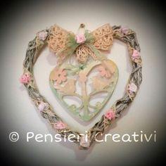 Romantic paper woven heart- cuore intrecciato con cannucce di carta