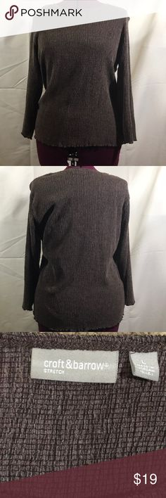 CROFT & BARROW DARK BROWN PULLOVER TOP SHIRRED L CROFT & BARROW Dark brown pull over shirred top. Size large. Stretches for fit and comfort. 3/4 length sleeves. Please see pictures for measurements!   Excellent condition!! croft & barrow Tops Dark Brown, Friends, Stretches, Men Sweater, Pullover, Pictures, Photos, Amigos, Boyfriends