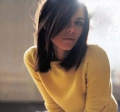 Perfect long bob. Love the side-swept bangs too. If I ever go short hair